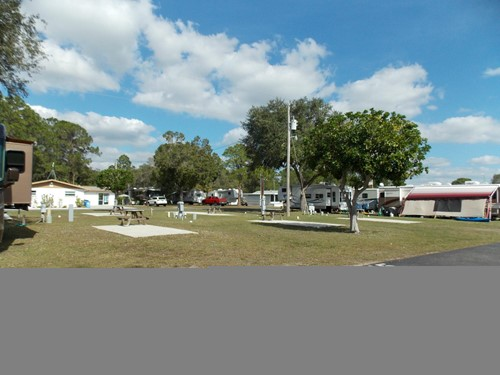 Regular RV site at Upriver RV Resort