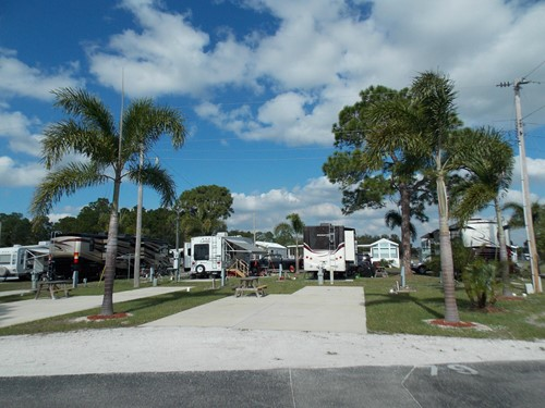 Premium RV site at Upriver RV Resort